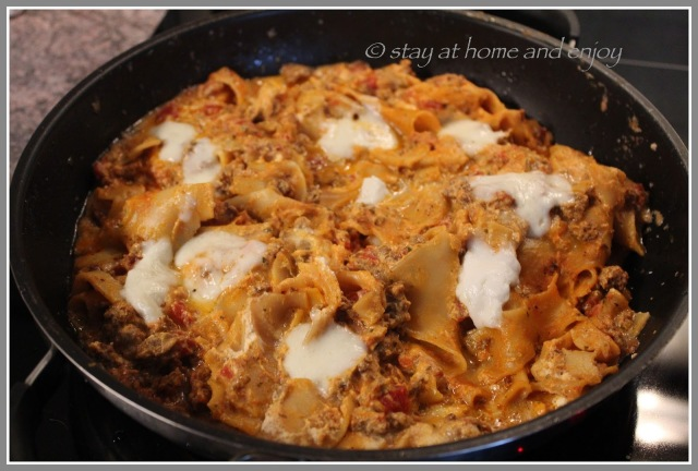 One Pot Pasta - Lasagne - stay at home and enjoy