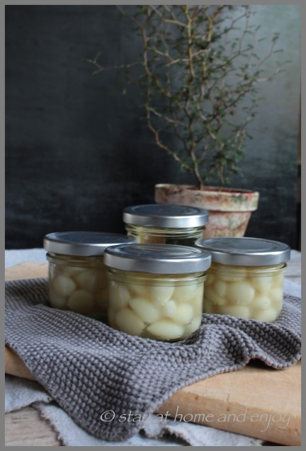 Knoblauch-Confit - stay at home and enjoy