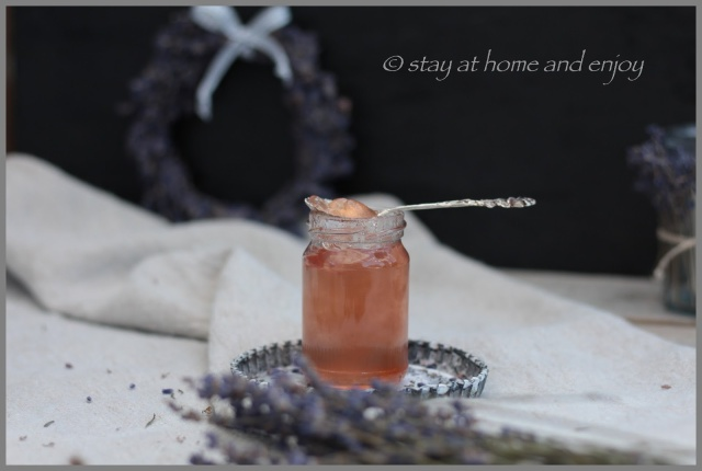 Lavendel-Prosecco-Gelee - stay at home and enjoy
