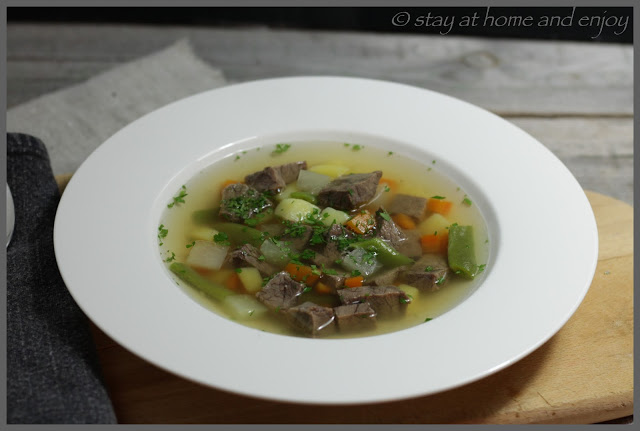 Rindfleischsuppe - stay at home and enjoy