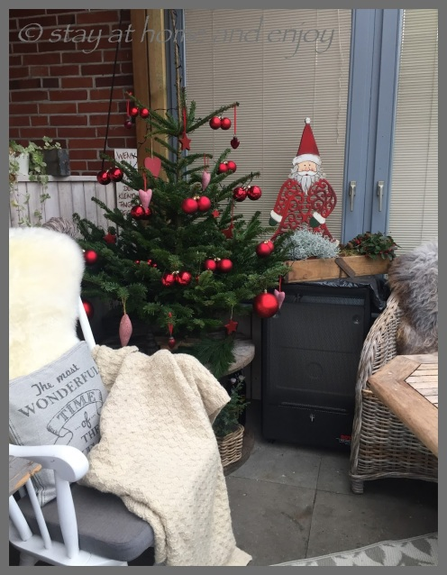 Terrassen-Adventsbaum - stay at home and enjoy