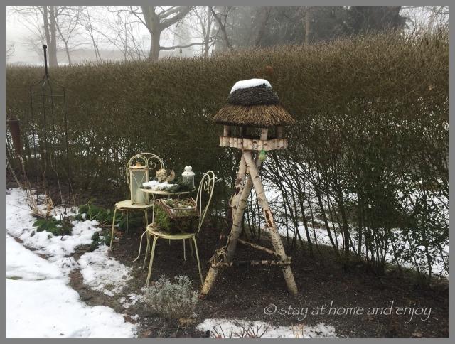 Garten im Schnee - stay at home and enjoy