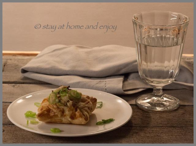 Blätterteig-Kissen - stay at home and enjoy