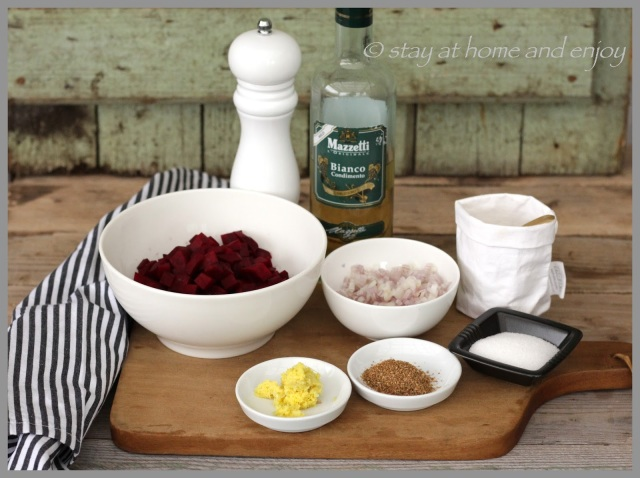Meerrettich-Mousse mit Rote Bete-Salat - stay at home and enjoy