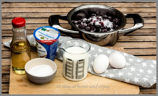 Brombeer-Eis - stay at home and enjoy
